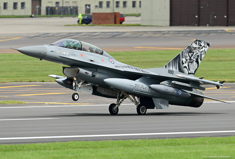 Lockheed Martin F-16B MLU Fighting Falcon